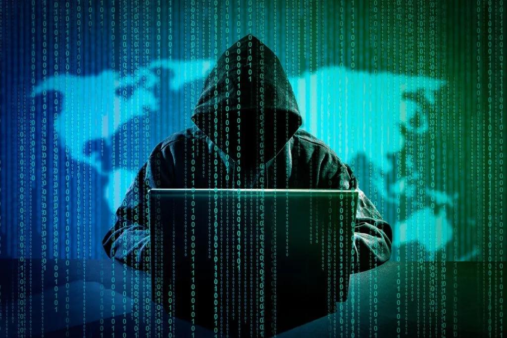 """50多款APP""""窃听""""背后的黑色产业链,谁在买你的隐私?有何用?"""